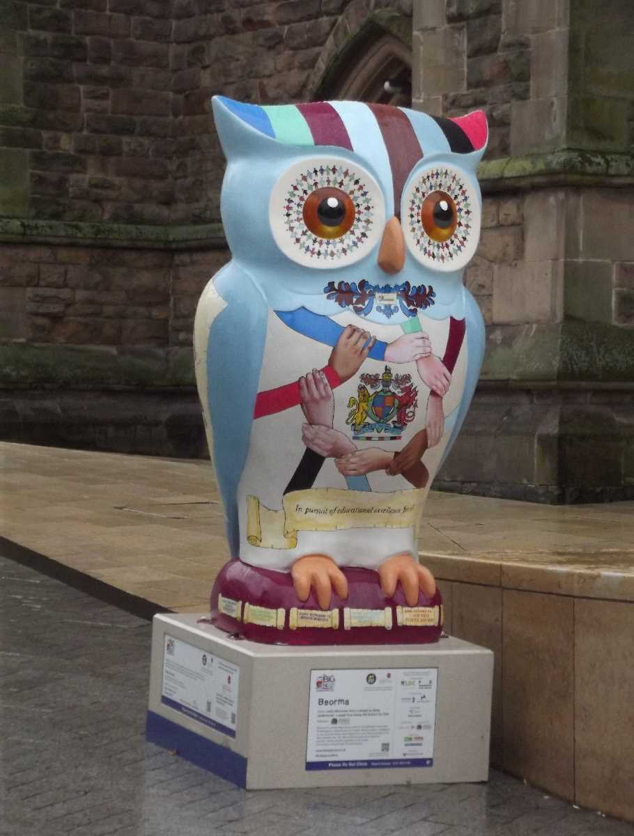 The Big Hoot St Martin's Square